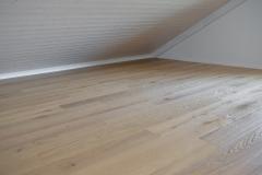 Holz- bzw. Parkettboden