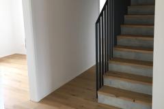 Parkettboden mit Treppe