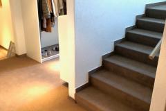 Teppichboden mit Treppe